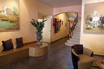 HÔTEL LE COURS Saint-Gilles du Gard