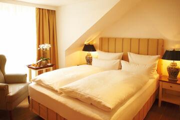 FUCHSBAU   ROMANTIK HOTEL • RESTAURANT • SPA Timmendorfer Strand
